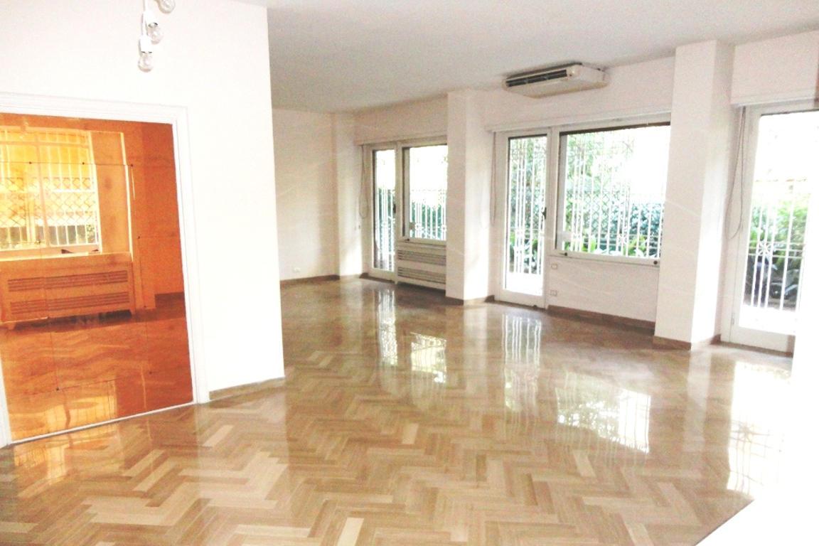 Affitto appartamento a roma parioli via di monti parioli for Affitto roma parioli