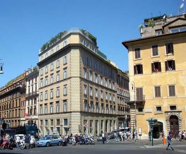 Locazione uffici a roma barberini via sistina for Uffici in affitto roma nord